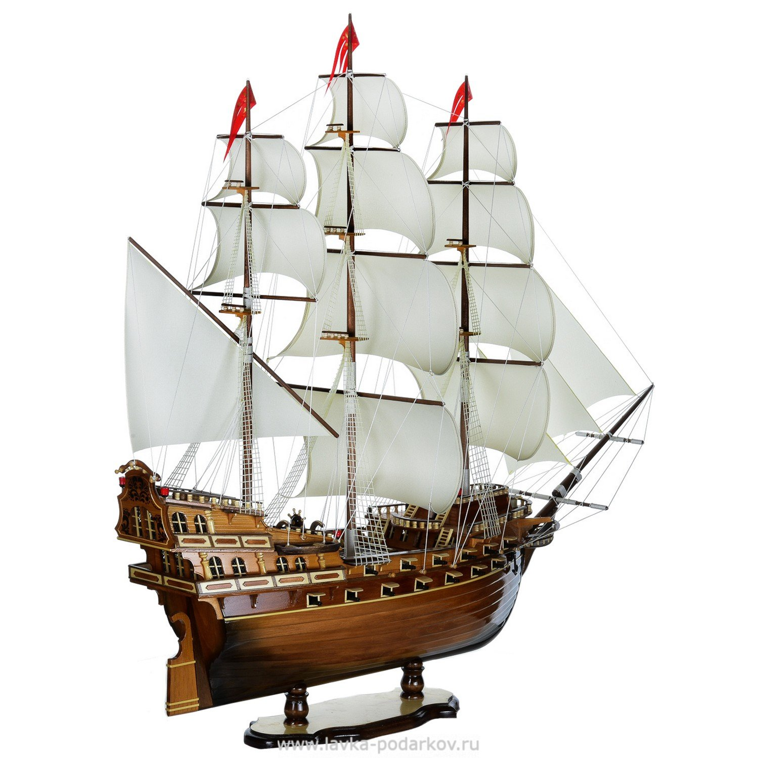 Корабль в подарок символизирует 50